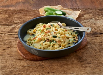 Trek'n Eat Creamy Chicken & Spinach Pasta Camping & Backpacking Food