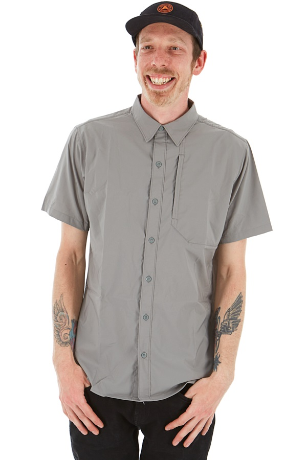Patagonia Short Sleeve Skiddore Shirt, M Feather Grey