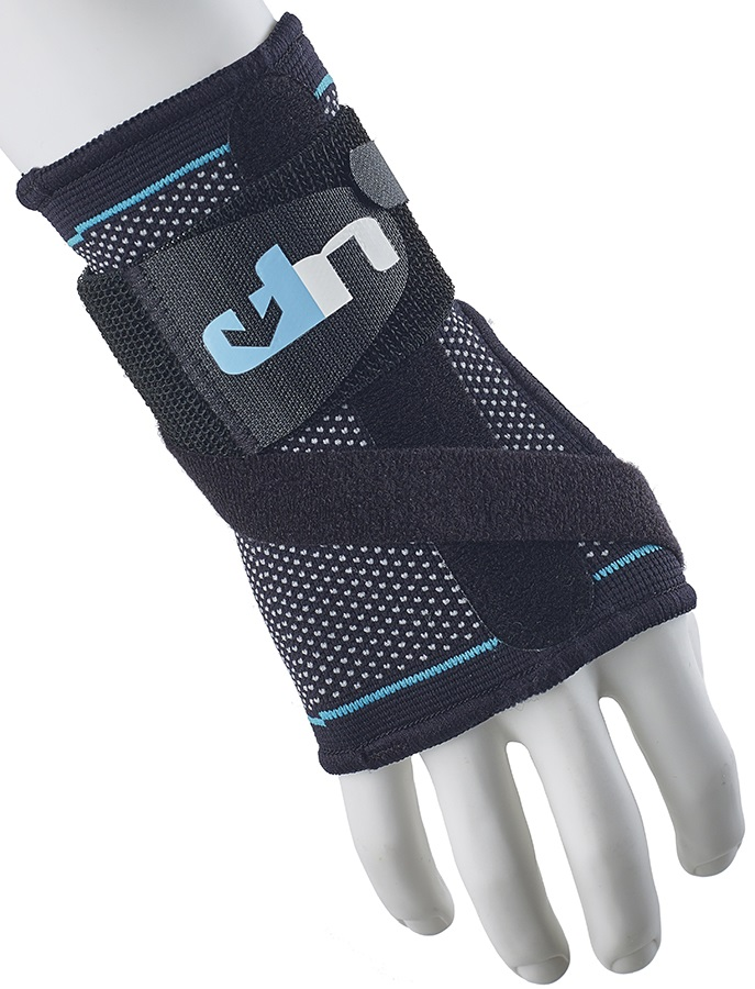 Ultimate Performance Advanced Wrist Support With Splint, S Black