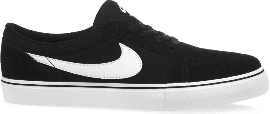 Menos tomar etiqueta  Nike SB Satire II Skate Shoes, UK 10, Black/White