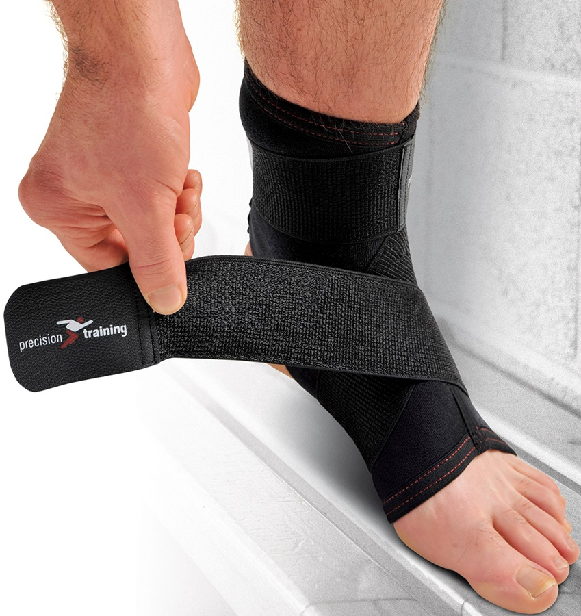 Precision Neoprene Ankle Support With Strap M Black